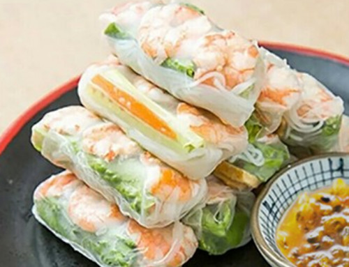 Vietnamese Prawn Rolls with Passion Fruit Sauce